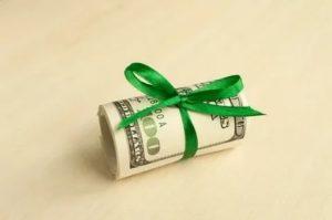 Налогообложение денежных подарков сотрудникам в 2019 году