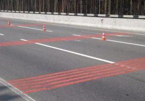Красная сплошная линия разметки что означает