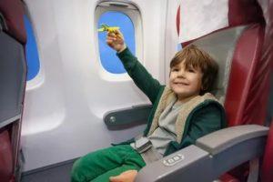 Со Скольки Лет Можно Летать Одному В Самолете